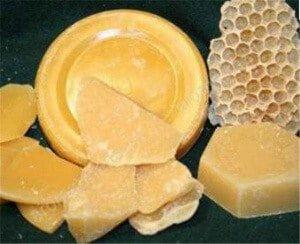 Пчелиный воск бывает разной формы
