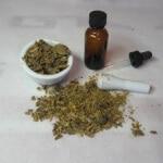Мед с прополисом в народной медицине: польза и вред