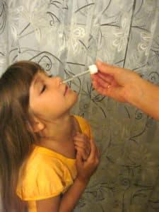 Экстракт прополиса используется для лечения детей