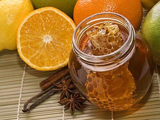 Мед, лимон, глицерин и прополис от кашля детям