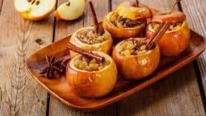 Вкусные запеченные яблоки с медом - 7 лучших рецептов